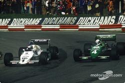 Keke Rosberg, Williams-Cosworth FW08C battles with Danny Sullivan