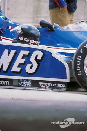 Jacques Laffite Ligier e capacete