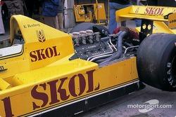 Fittipaldi F8