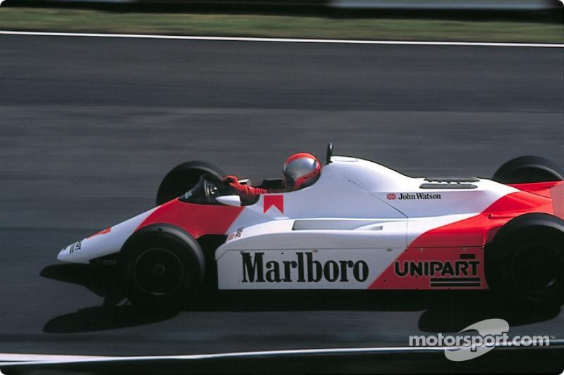 Já outros pilotos que não foram campeões também conseguiram feitos marcantes neste sentido. John Watson venceu em Detroit, 82, de 17º no grid...