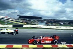 Alan Jones, Team Haas, Lola THL1