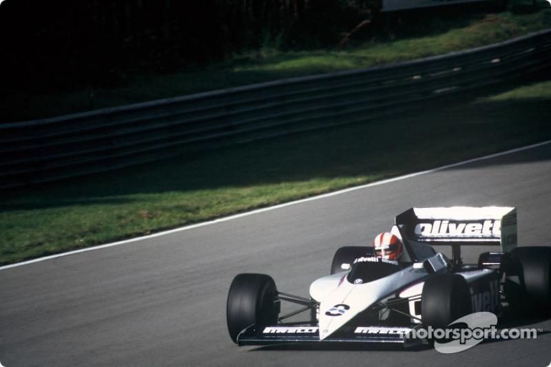 27. Marc Surer (81 Grandes Premios)