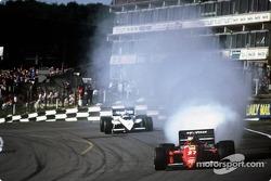 Explosion du moteur de Michele Alboreto