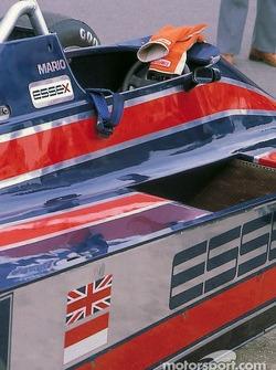 Le cockpit de la Lotus 81 Ford de Mario Andretti