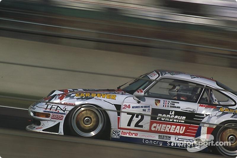 #72 Larbre Compétition Porsche 911 GT2: Patrice Goueslard, Pierre Yver, Jean-Luc Chéreau