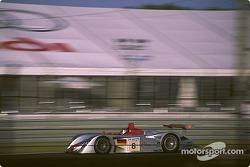 #8 Team Joest, Audi R8: Frank Biela, Tom Kristensen, Emanuele Pirro