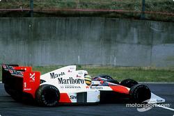 Kollision: Ayrton Senna, McLaren MP4/5, Alain Prost, McLaren MP4/5