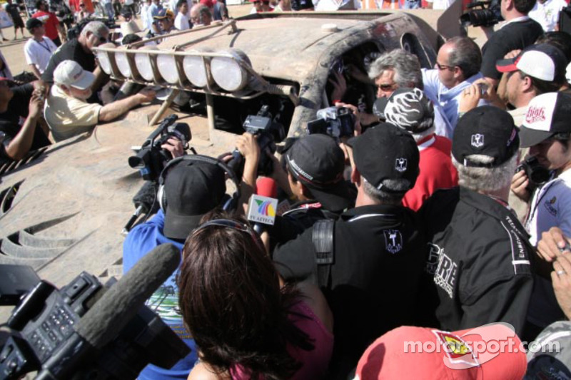 Mark Post, Rob MacCachren overall Winners of 40th Tecate SCORE Baja 1000