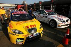 Yvan Muller, SEAT Sport, Seat Leon, Andy Priaulx, BMW Team UK, BMW 320si WTCC
