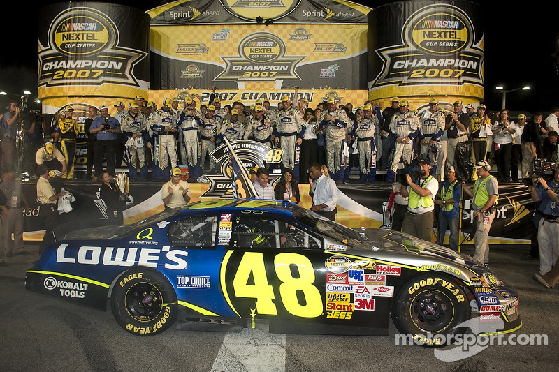 2007: Jimmie Johnson - Hendrick Motorsports - Chevrolet