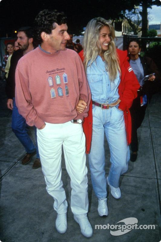 Ayrton Senna avec sa petite amie Adriane Galisteu