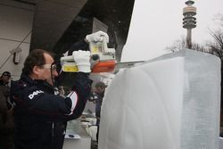 Ice carving, Willy Rampf, BMW-Sauber, Technical Director