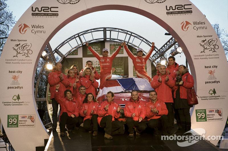 Sébastien Loeb y Daniel Elena, campeones del mundial de rallies (WRC) 2007