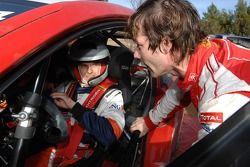 Heikki Kovalainen teste la Citroën WRC de Sébastien Loeb