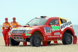 Repsol Mitsubishi Ralliart Team: Stephane Peterhansel y Jean-Paul Cottret