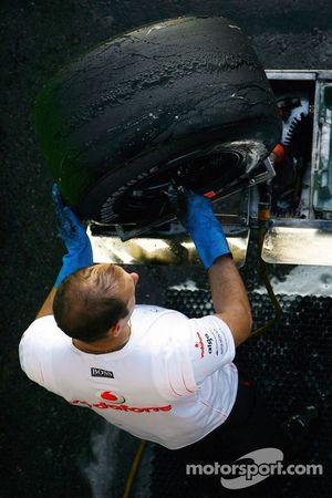 Bridgestone slick F1 tyres