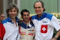 James Robinson, Neel Jani, driver of A1 Team Switzerland and Max Welti, Seat holder of A1 Team Switzerland