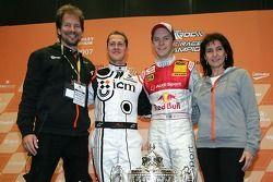 Fredrik Johnsson, Michael Schumacher, Siegr des Race of Champions Mattias Ekström; Michelle Mouton