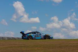 #23 Alex Job Racing Porsche 911 GT America: Ian James, Mario Farnbacher