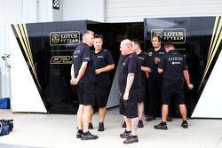 Lotus F1 Team mechanics