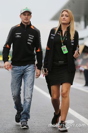 Nico Hulkenberg, Sahara Force India F1 con Victoria Helyar, Sahara Force India F1 Team