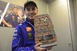 Aragon GP Movistar trofee ontworpen door Jorge Lorenzo