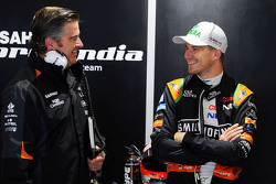 Andy Stevenson, Sahara Force India F1, Teammanager, mit Nico Hülkenberg, Sahara Force India F1