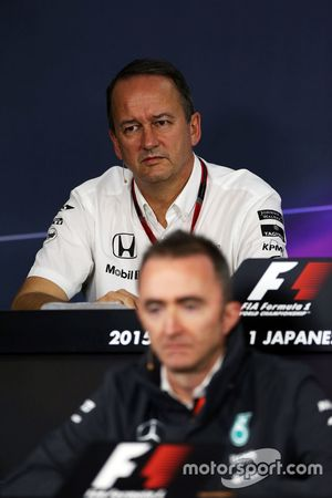 Jonathan Neale, McLaren Chief Operating Officer and Paddy Lowe, Mercedes AMG F1 Executive Director,