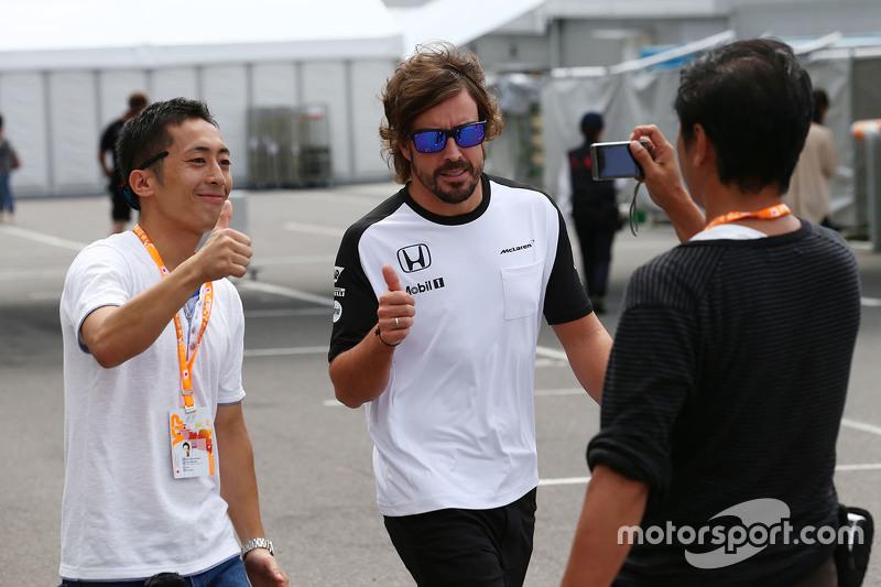 Fernando Alonso, McLaren con sus fans
