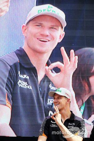 Nico Hulkenberg, Sahara Force India F1 con los fans