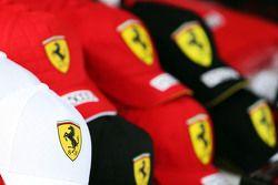 Gorras de Ferrari a la venta