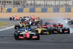 Start: Oliver Rowland, Fortec Motorsports leads
