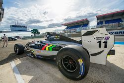 Тио Эллинас, Strakka Racing
