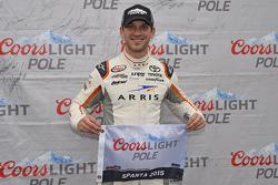 Ganador de la pole Daniel Suárez, Joe Gibbs Racing Toyota