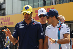 Felipe Nasr, Sauber F1 Team with Felipe Massa, Williams on the drivers parade
