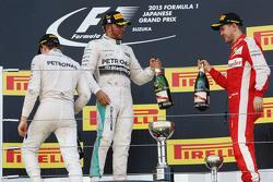 Podium:El ganador, Lewis Hamilton, Mercedes AMG F1 Team, segundo lugar, Nico Rosberg, Mercedes AMG F