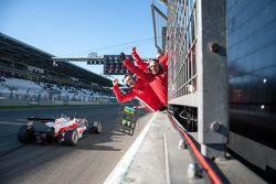 Felix Rosenqvist, Prema Powerteam Dallara F312 - Mercedes-Benz remporte la course et le championnat