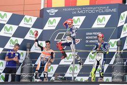 Podio: il secondo classificato Dani Pedrosa, Repsol Honda Team e il vincitore Jorge Lorenzo e il ter
