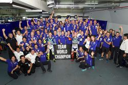 Winner Jorge Lorenzo and third place Valentino Rossi, Yamaha Factory Racing celebrate clinching the teams championship