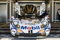 1998 Le Mans winning Porsche 911 GT1