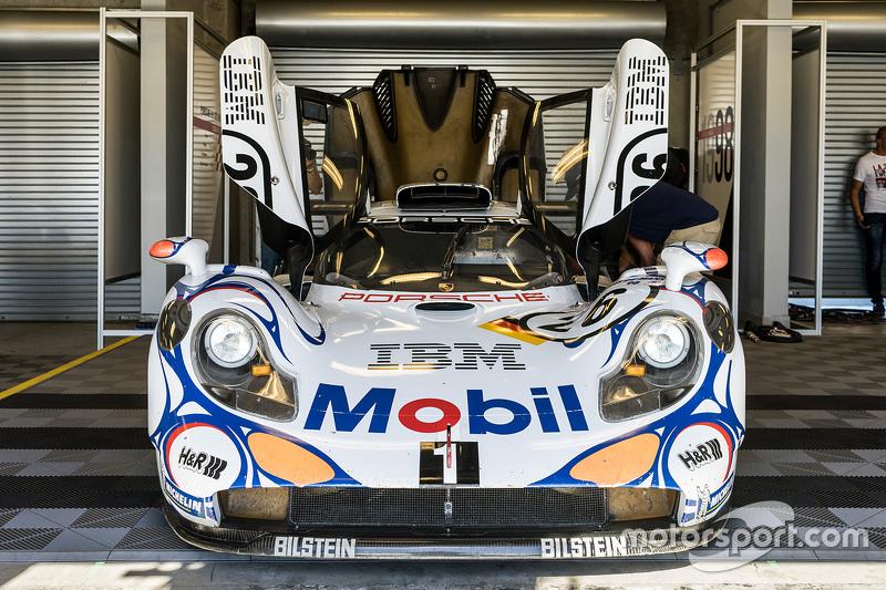 Pemenang Le Mans 1998, Porsche 911 GT1