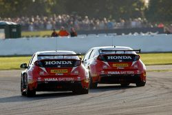 Matt Neal, Gordon Shedden, Honda Yuasa Racing, Honda Civic Type R