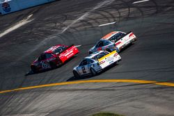 Josh Wise, BK Racing Toyota; Brad Keselowski, Team Penske Ford