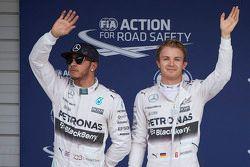 Ganador de la pole: Nico Rosberg, Mercedes AMG F1 Team, segudno lugar Lewis Hamilton, Mercedes AMG F