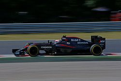 Jenson Button, McLaren MP4-30 ve Chandon partnerliği