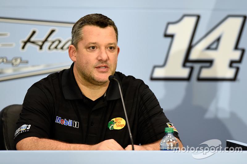 Tony Stewart, Stewart-Haas Racing announces his retirement