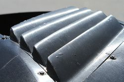 Detail lubang udara roda