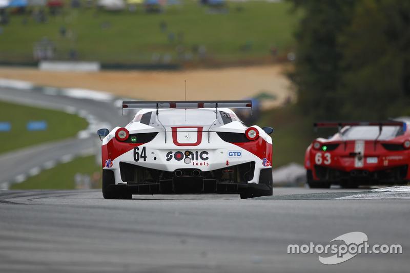 #64 Scuderia Corsa Ferrari 458 Italia: Jeff Westphal, Даніель Серра, Matteo Cresсинi