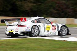 #912 Porsche Team North America Porsche 911 RSR: Jörg Bergmeister, Earl Bamber, Frédéric Makowiecki