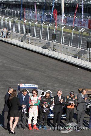 Alejandro Soberón Director de CIE, Emerson Fittipaldi, Héctor Rebaque,Miguel Angel Mancera Jefe de Gobierno Ciudad de México, Sergio Pérez Sahara Force India, en la Inauguración del Autódromo Hermanos Rodriguez